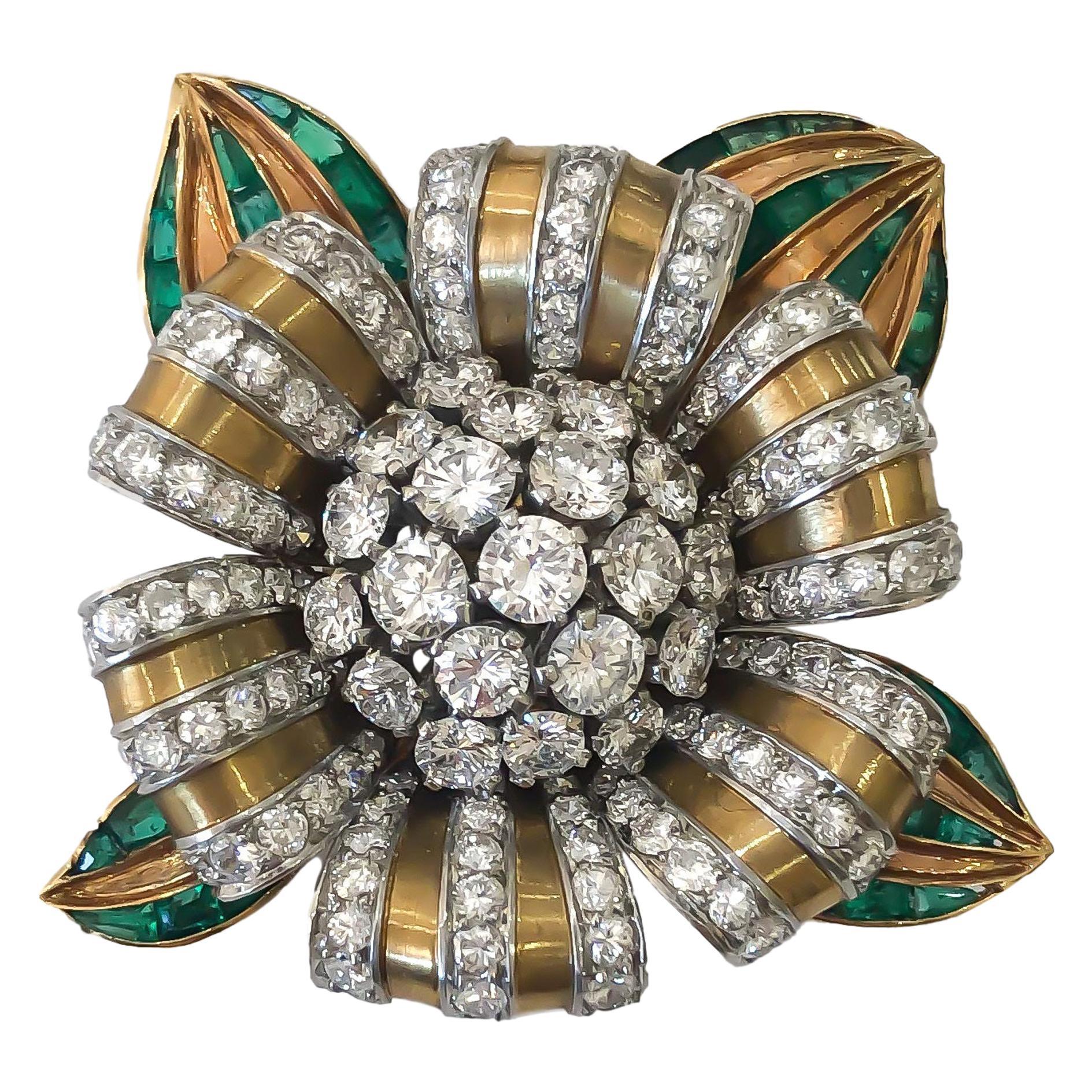 Vintage Van Cleef & Arpels Diamond and Emerald Brooch 18 Karat