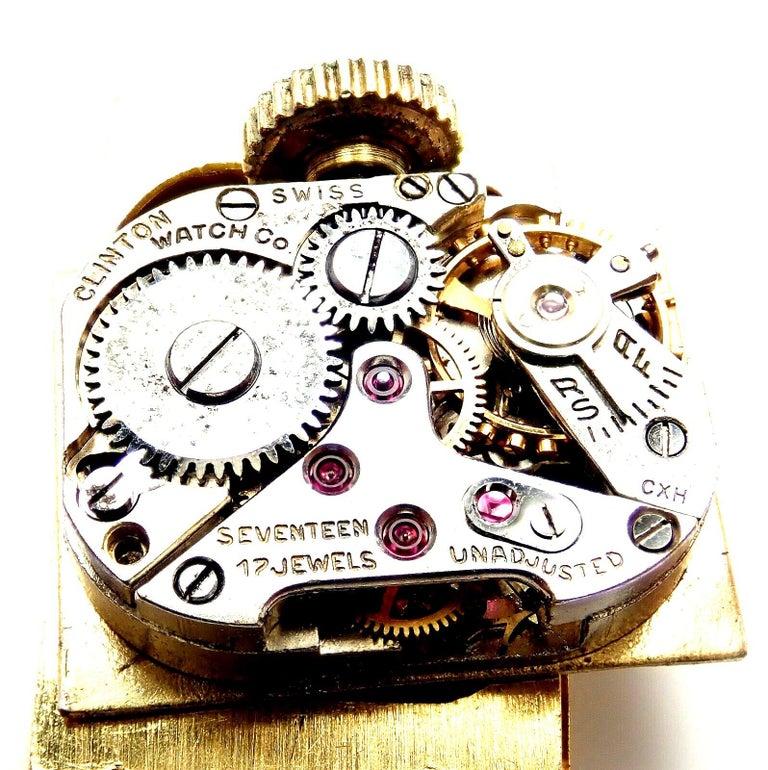 Vintage Van Cleef & Arpels Diamond Ludo Hexagone Buckle Yellow Gold Wristwatch For Sale 6