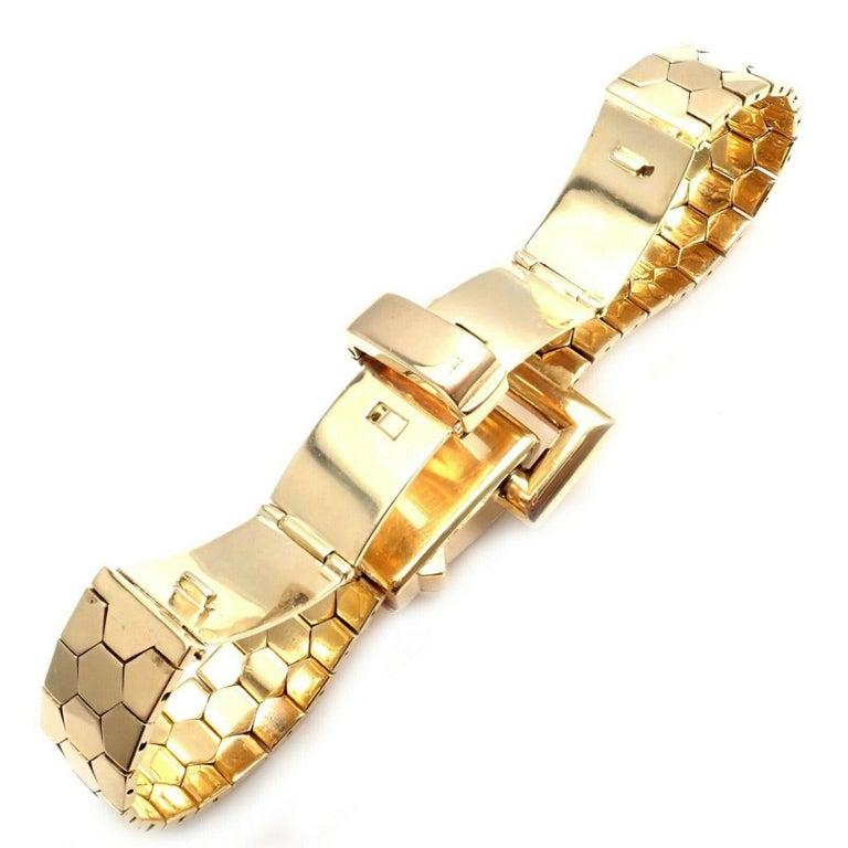 Vintage Van Cleef & Arpels Diamond Ludo Hexagone Buckle Yellow Gold Wristwatch For Sale 2