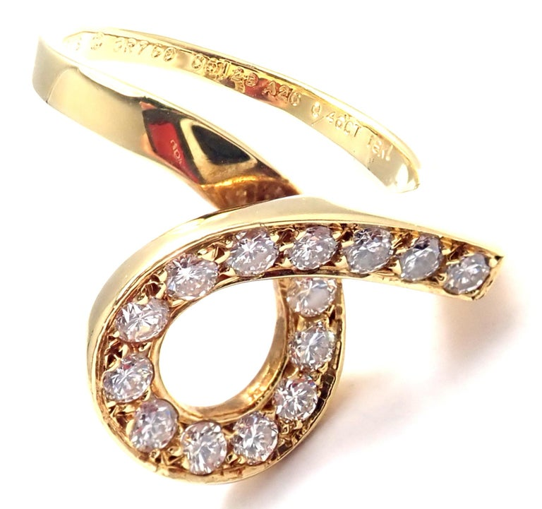 Brilliant Cut Vintage Van Cleef & Arpels Diamond Swirl Yellow Gold Band Ring For Sale