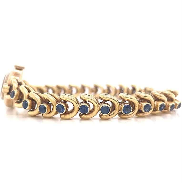 Round Cut Vintage Van Cleef & Arpels Movado Sapphire 18 Karat Gold Watch For Sale