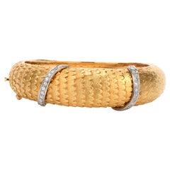 Vintage Van Gogh Diamond 18 Karat Gold Feather Motif Bangle Bracelet