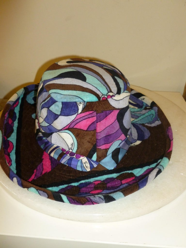 Emilio Pucci Velvet Hat Vintage For Sale 12