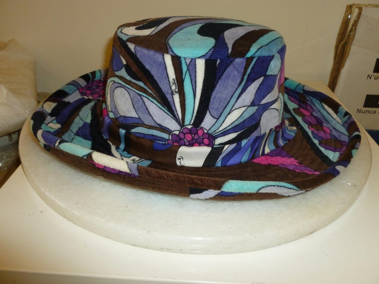 Emilio Pucci Velvet Hat Vintage For Sale 8