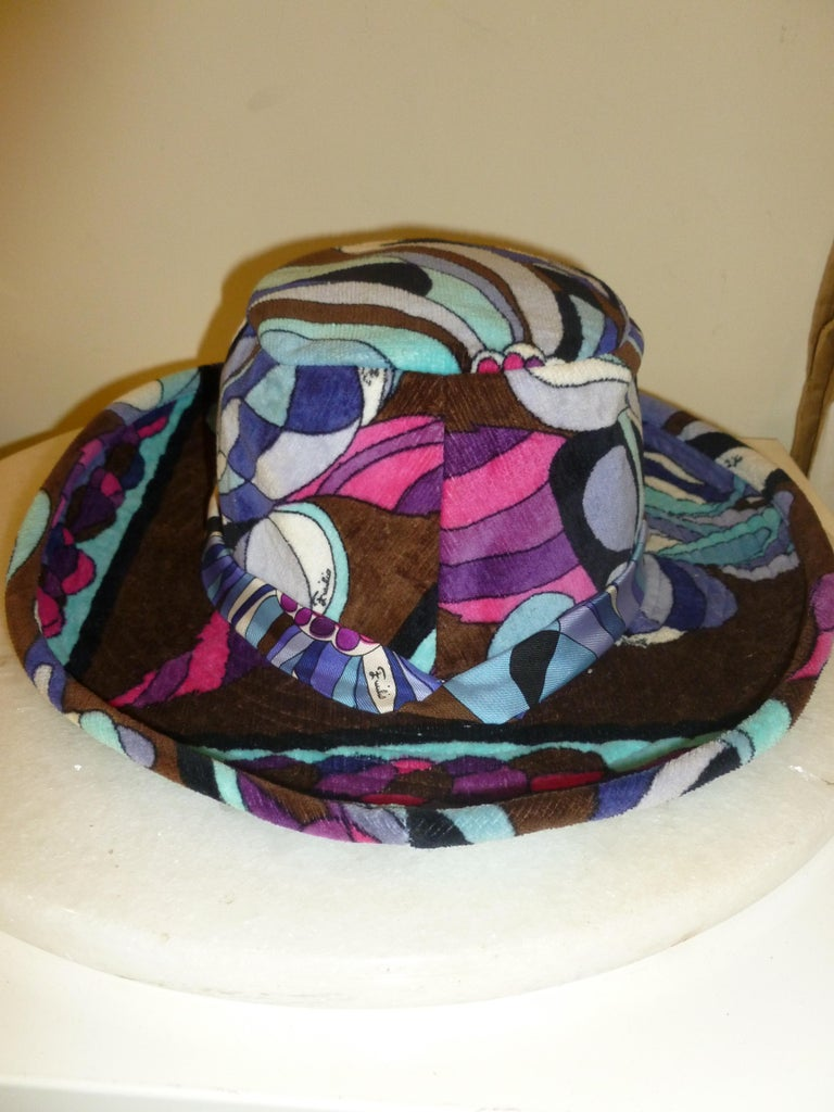 Emilio Pucci Velvet Hat Vintage For Sale 10