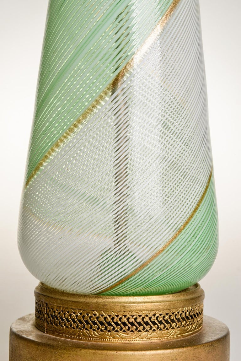 Venetian Murano Glass Vintage Table Lamp, 1950s In Good Condition For Sale In Alessandria, Piemonte