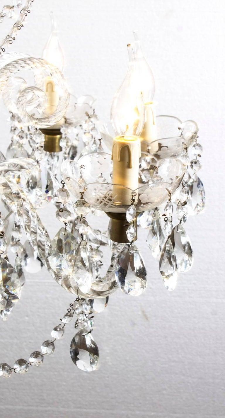 Vintage Venetian Two-Tier 12-Light Crystal Chandelier For Sale 1