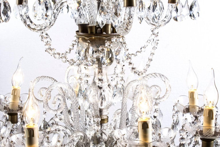 Vintage Venetian Two-Tier 12-Light Crystal Chandelier For Sale 4