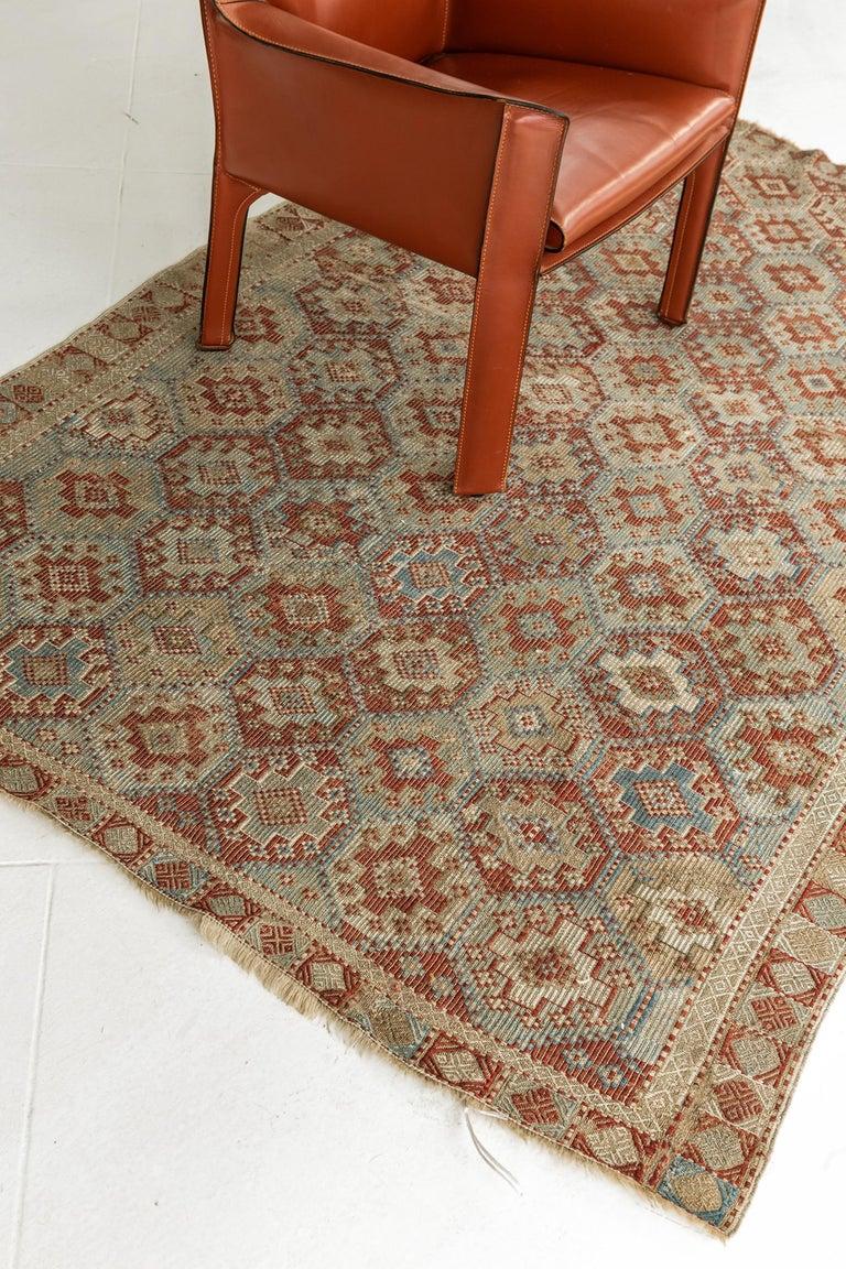 Vintage Verneh Flat-Weave Kilim Rug For Sale 3