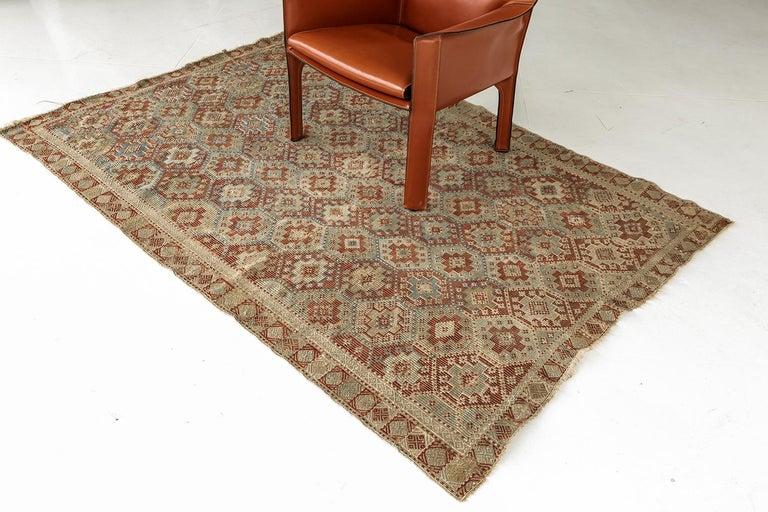 Vintage Verneh Flat-Weave Kilim Rug For Sale 2