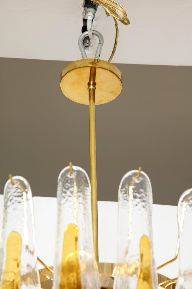 Vintage Vesoi-Italy Murano Glass Chandelier, circa 1980s In Excellent Condition For Sale In New York, NY