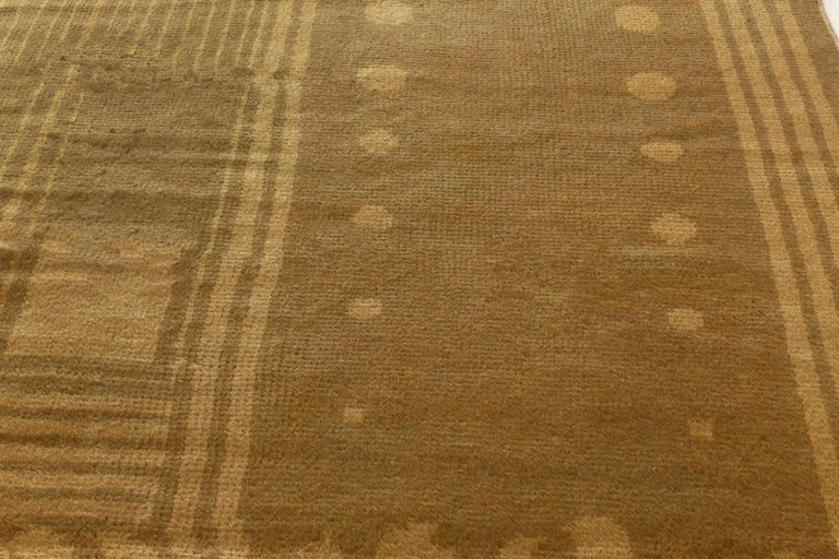 Vintage Viennese Rug In Good Condition For Sale In New York, NY
