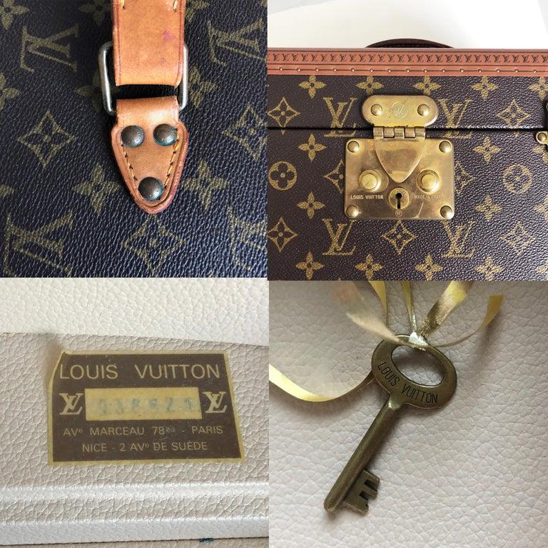 Louis Vuitton Boite Pharmacie Monogram Train Case Vanity Travel Bag Vintage 80s  For Sale 6