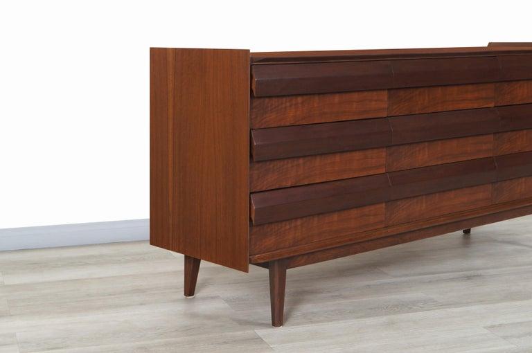Mid-Century Modern Vintage Walnut Dresser by Lane For Sale