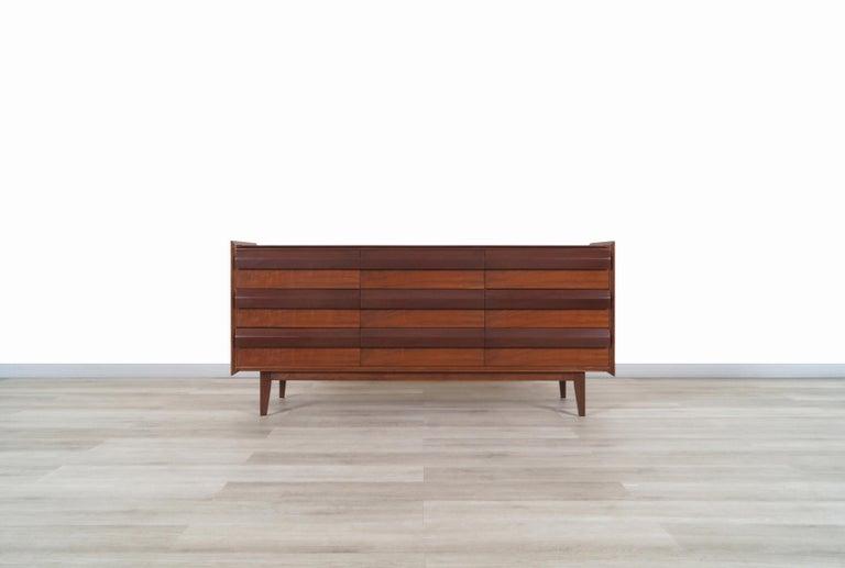 Vintage Walnut Dresser by Lane For Sale 1