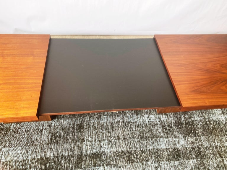 Vintage Walnut Expandable Coffee Table by John Keal for Brown Saltman, c. 1960s For Sale 6