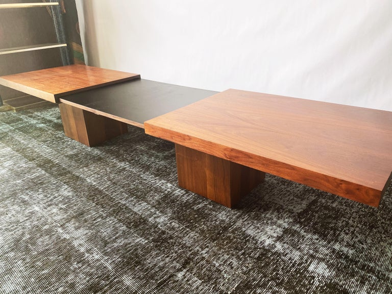 Mid-Century Modern Vintage Walnut Expandable Coffee Table by John Keal for Brown Saltman, c. 1960s For Sale