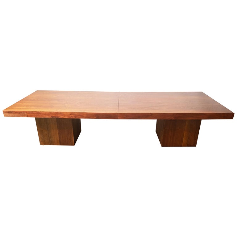 Vintage Walnut Expandable Coffee Table by John Keal for Brown Saltman, c. 1960s For Sale
