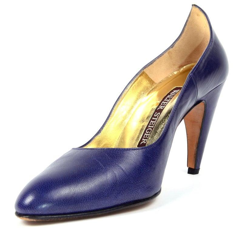 Vintage Walter Steiger Sculpted Avant Garde Blue Leather Shoes w Heels For Sale 3