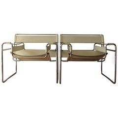 Vintage Wassily B3 Chair by Marcel Breuer for Gavina Italy in Ivory White 2 Ava