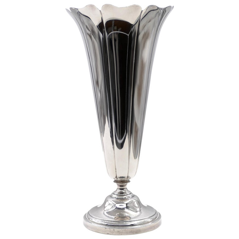 Vintage Watson Company Silver Vase, First Half of the 20th Century For Sale
