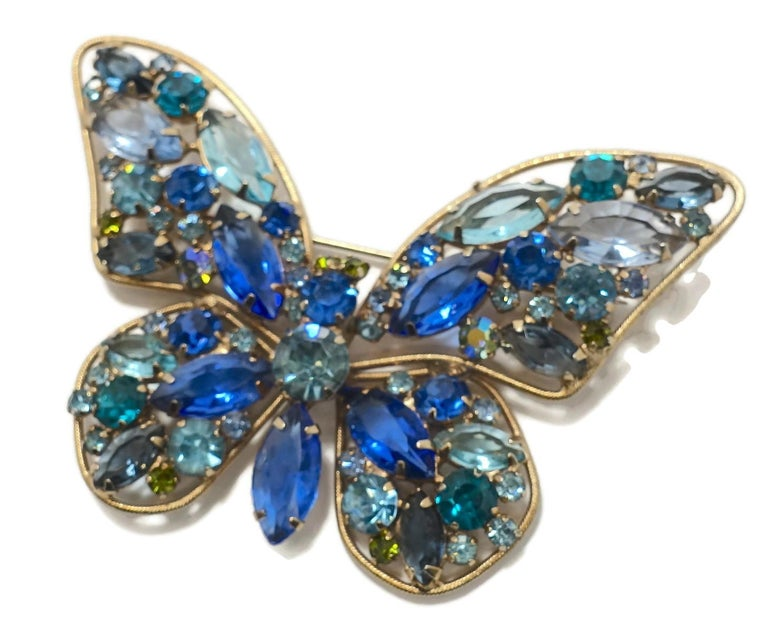 Vintage Weiss? Multi-Color Crystal Butterfly Brooc In Good Condition For Sale In New York, NY
