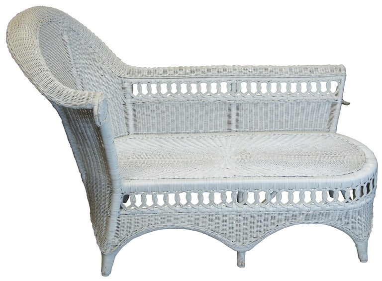 Bohemian Vintage White American Wicker Rattan Chaise Lounge Chair Rolled Arm Boho Chic For Sale