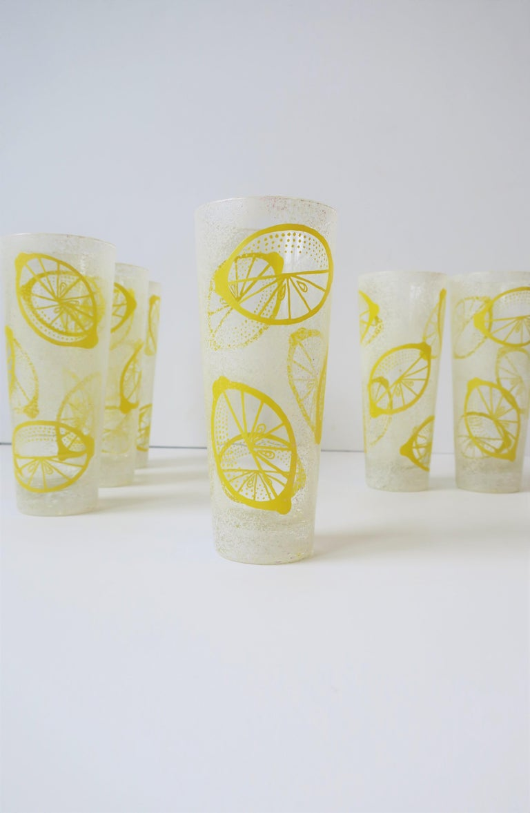 Polychromed White and Yellow Lemon Highball Cocktail or Beverage Glasses For Sale