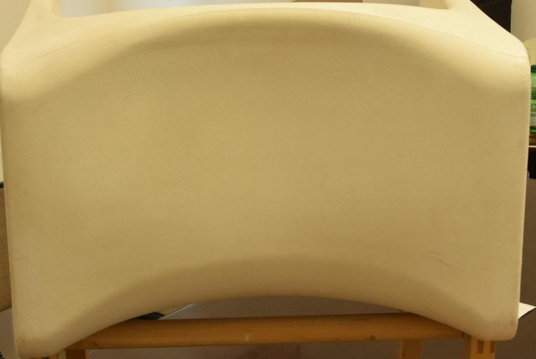 Late 20th Century Vintage White Armchair Fiberglass and Wood by Felice Rossi, 1970s For Sale