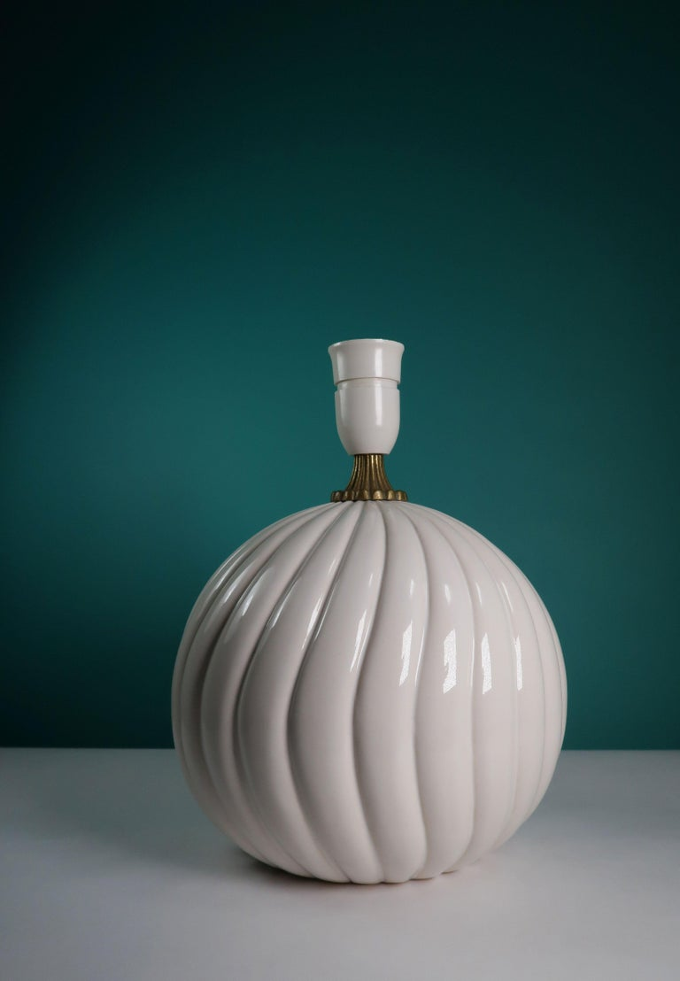 Glazed Vintage White Ceramic, Brass Round Table Lamp Style of Tommaso Barbi For Sale