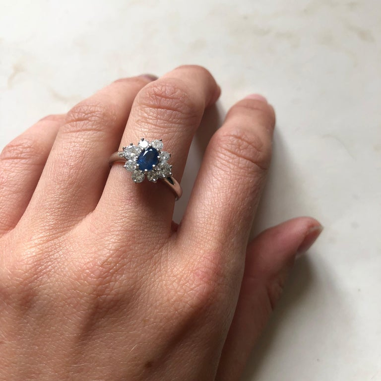 Vintage White Gold Sapphire and Diamond Cluster Ring For Sale 3