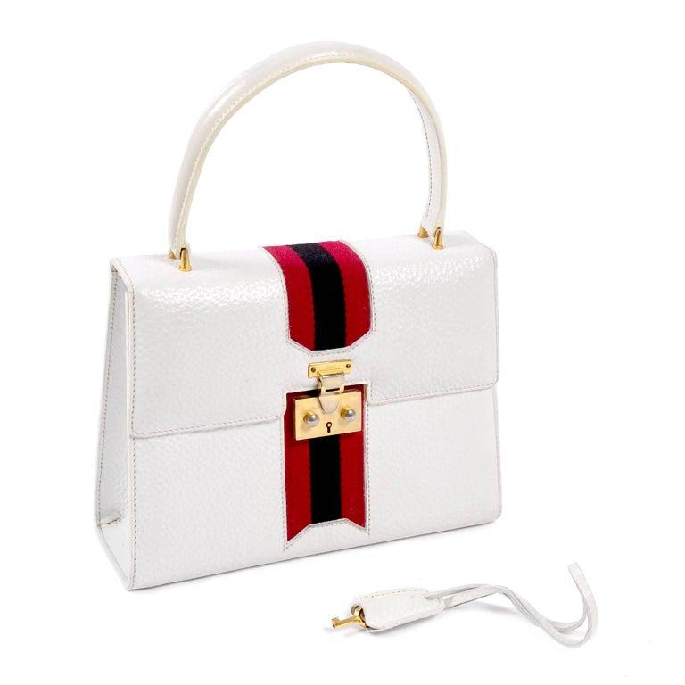 ed19207bede Vintage White Gucci Handbag Satchel in Leather With Stripes   Key Lock For  Sale 10