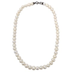 Vintage White Pearl Necklace, Collar Style Length, Mid 1900s, 16 Inches Long