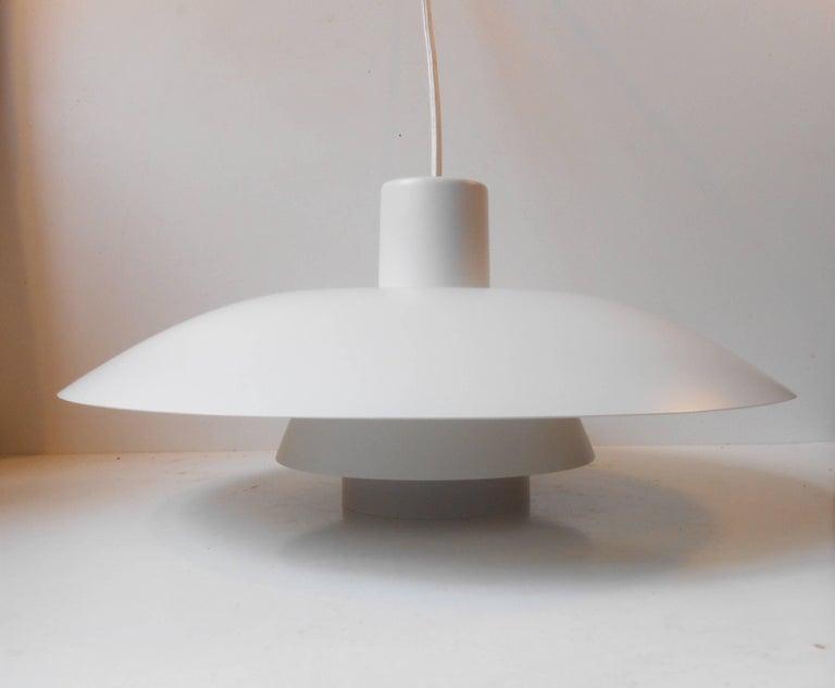 Danish Vintage White PH-4/3 Pendant Lamp by Poul Henningsen, Louis Poulsen, circa 1970 For Sale