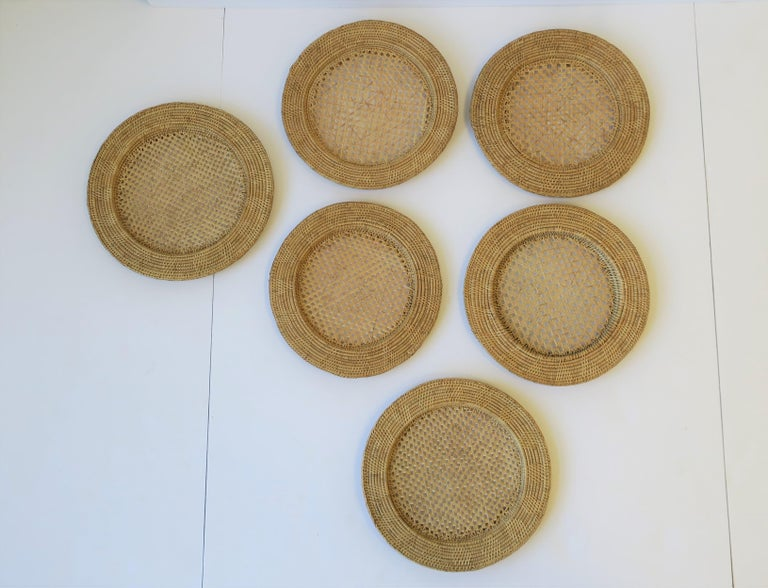 A beautiful set of 6 vintage wicker cane plate chargers. Each measure: 11