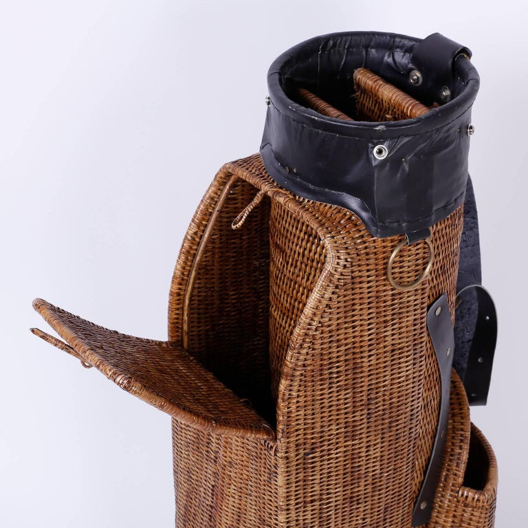 Vintage Wicker Golf Bag In Excellent Condition For Sale In Palm Beach, FL