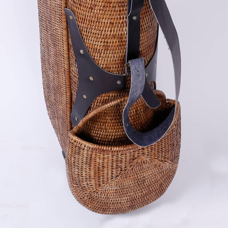 20th Century Vintage Wicker Golf Bag For Sale