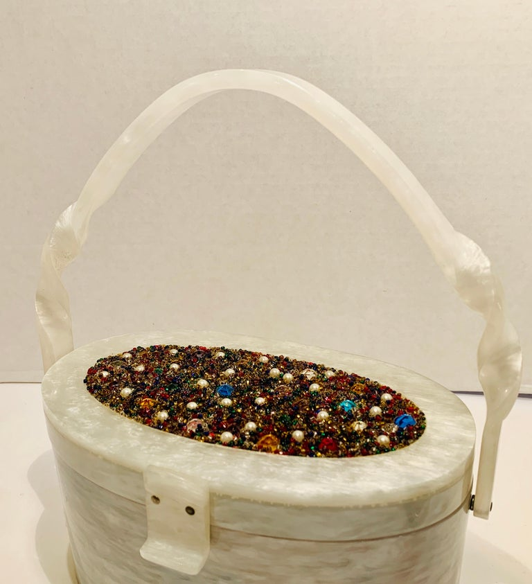 Vintage Wilardy Mid Century Modern Pearl Lucite Jeweled Top Twisted Handle Purse For Sale 2