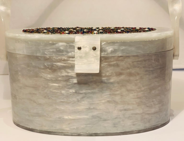 Vintage Wilardy Mid Century Modern Pearl Lucite Jeweled Top Twisted Handle Purse For Sale 3