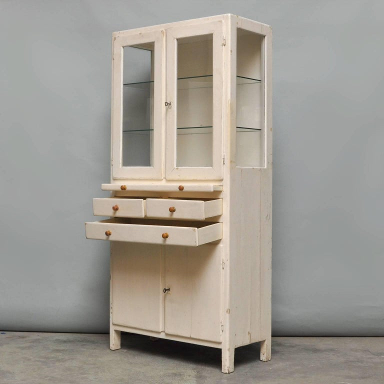 Vintage Wooden Medical Cabinet, 1940s In Fair Condition For Sale In Amsterdam, Noord Holland