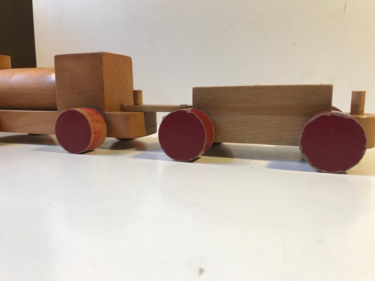 Beech Vintage Wooden Toy Locomotive by Kay Bojesen, Denmark, 1960s For Sale