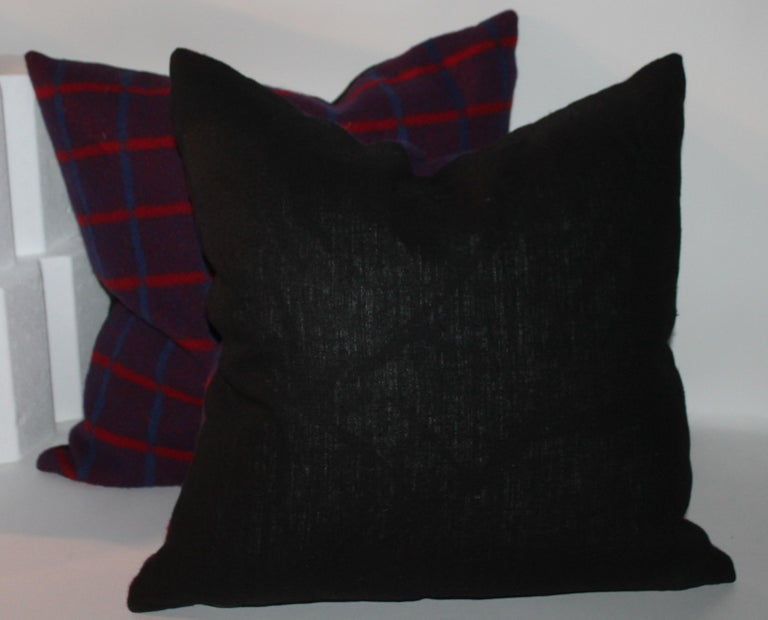 Vintage Wool Plaid Blanket Pillows, Pair In Excellent Condition For Sale In Los Angeles, CA
