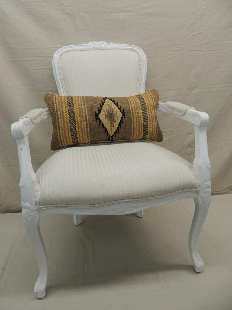 Vintage Yellow and Tan Navajo Style Woven Decorative Lumbar Pillow In Good Condition For Sale In Oakland Park, FL