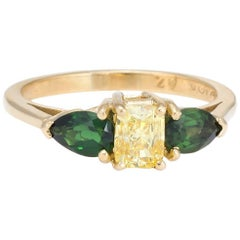 Vintage Yellow Diamond Green Tourmaline Three-Stone Ring 18 Karat Gold Estate