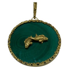 Vintage Yellow Gold and Malachite Astrological Sign Picies Pendant