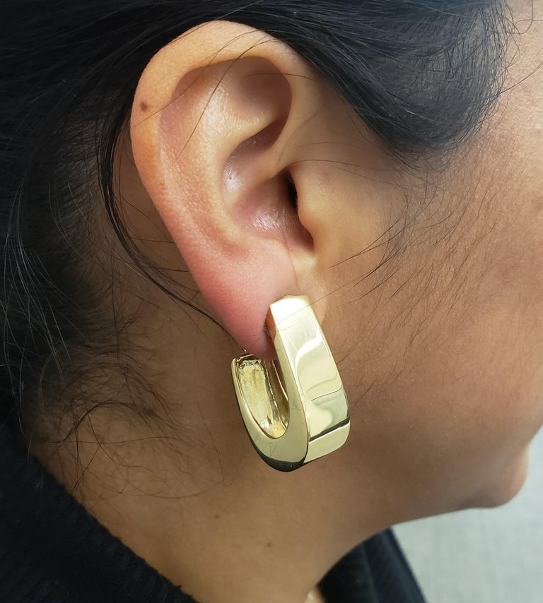 Vintage Yellow Gold J-Shaped Half Hoop Earrings For Sale 2