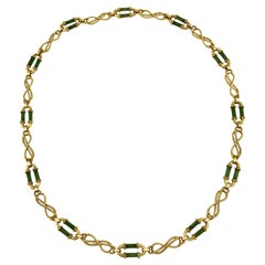 Vintage Yellow Gold Nephrite Twisted Link Necklace