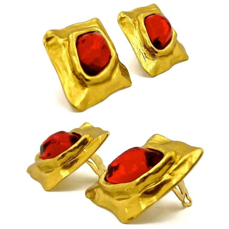 Vintage YSL Yves Saint Laurent Diamond Ruby Stone Earrings In Excellent Condition For Sale In Kingersheim, Alsace