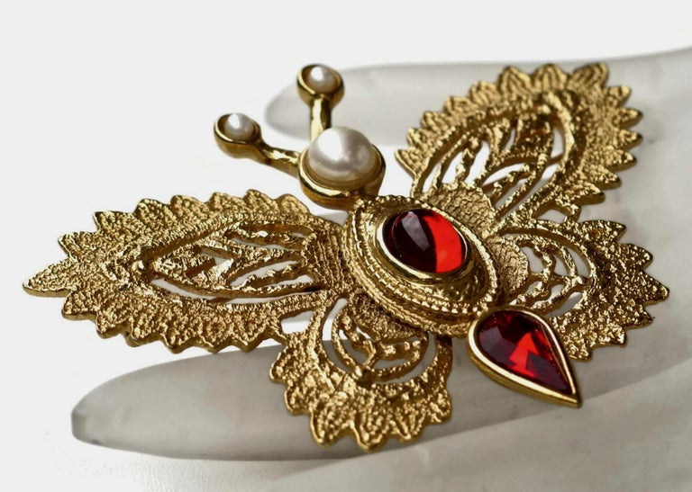 Vintage YVES SAINT LAURENT Butterfly Brooch by Robert Goossens In Good Condition For Sale In Kingersheim, Alsace