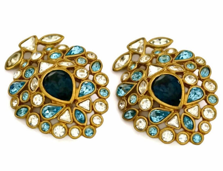 Vintage YVES SAINT LAURENT by Robert Goossens Multi Jewelled Earrings In Excellent Condition For Sale In Kingersheim, Alsace